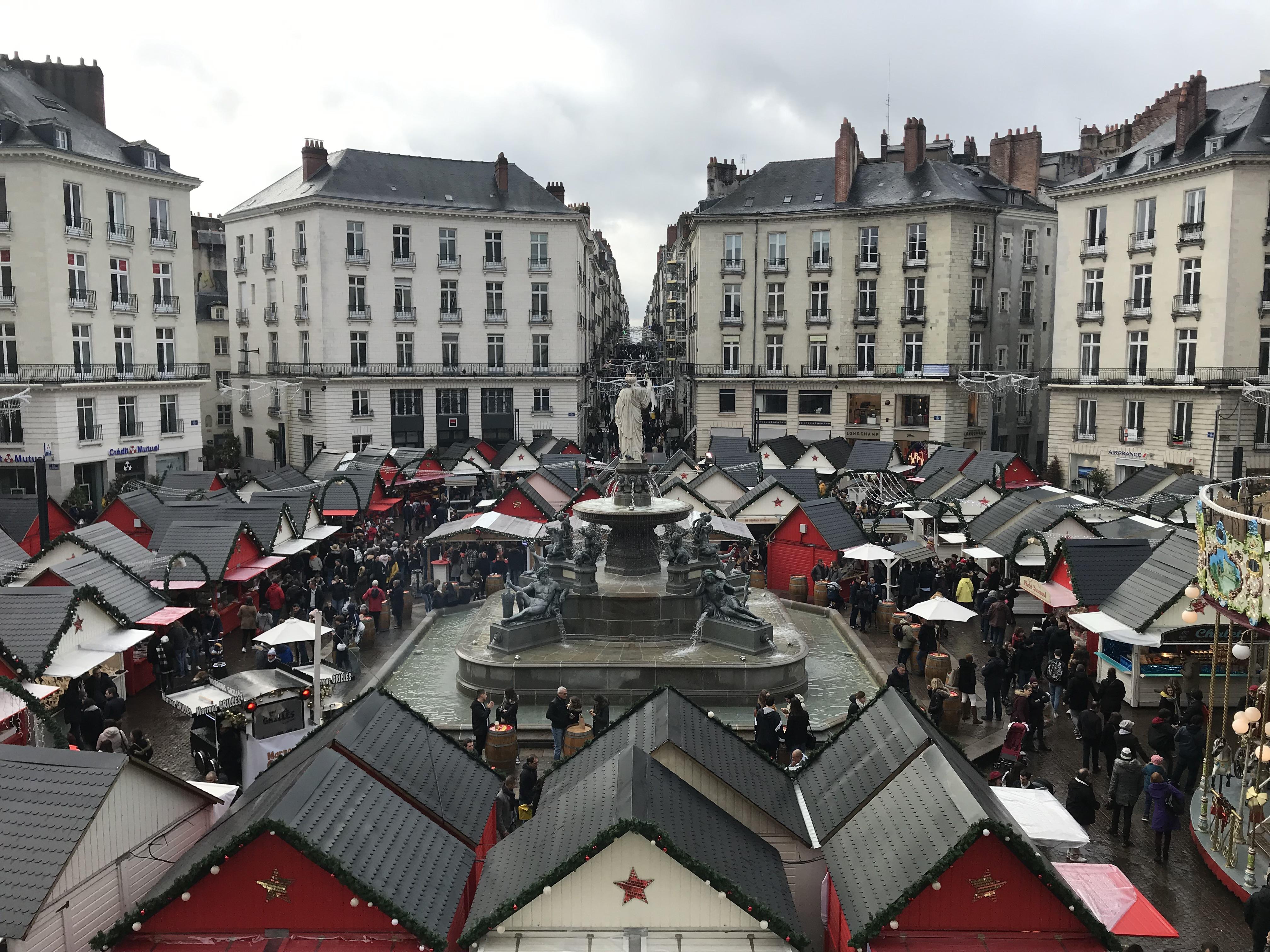 Marché de Noël de Nantes, Place Royale